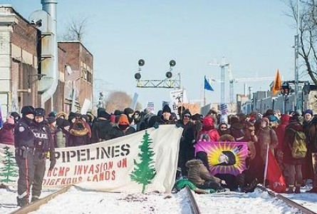Canada Gas Pipeline Protests Yield Rail Shutdown, Arrests