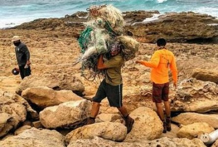 Trash by the Ton Cleared Off Remote Hawaiian Beaches