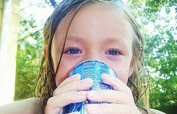 girl soda can