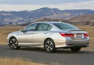 2014 Honda Accord Plug-In Hybrid in California (Photo courtesy Honda)