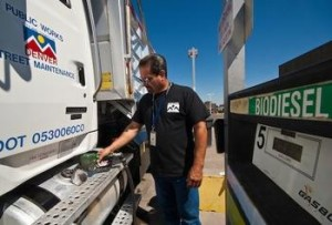 A Denver fleet worker fuels a street maintenance vehicle with B20 biodiesel. Photographer: Pat Corkery