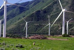 Spanish Fork Wind Farm in Utah (Photo by Edison Mission Group courtesy NREL)