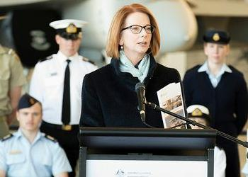 Australian Prime Minister Julia Gillard introduces a new Defence policy, May 3, 2013 (Photo courtesy Office of the Prime Minister)