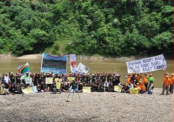 dam protest