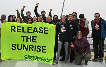 Greenpeacers aboard another of the group's vessels, the Rainbow Warrior, ask Russia to release the Arctic Sunrise, November 2013 (Photo Greenpeace Germany)