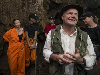 Prof. Lee Berger with the Rising Star cavers and explorers. (Photo courtesy Wits University)